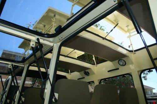 Jenman 10 seater vehicle 009