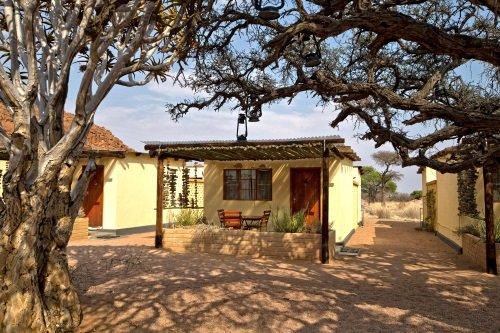 Namtib Desert Lodge kamer buiten