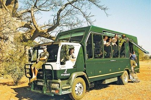 Drifters safari truck 002