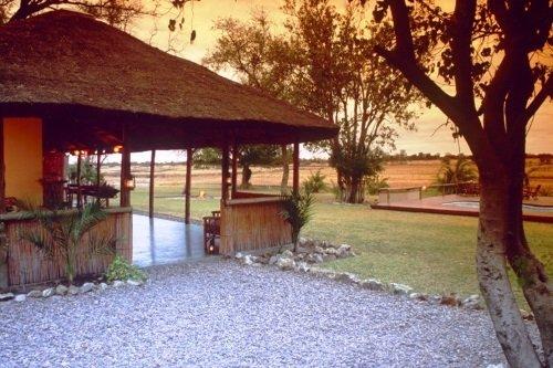 Drifters Maun Lodge terrein