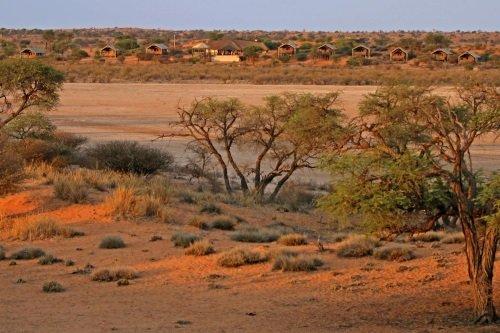 Intu Afrika Suricate Kalahari Lodge 001