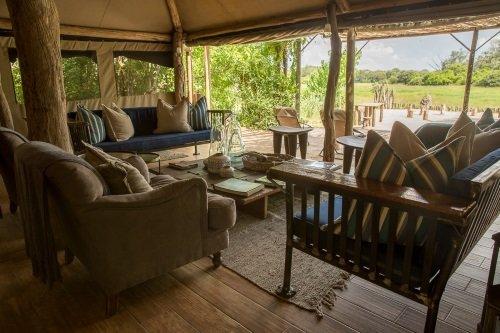 Sango Safari Camp gemeenschappelijke ruimte 003