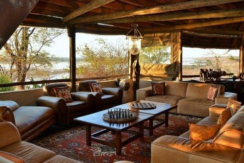 Muchenje Safari Lodge lounge