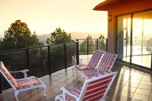 Ilita Lodge terras buiten 2