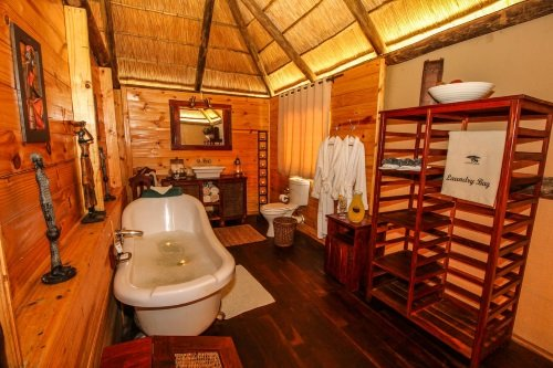 Nehimba Lodge 004
